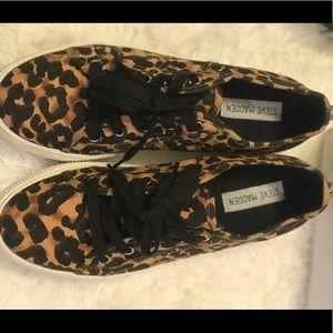 New Steve Madden leopard shoes